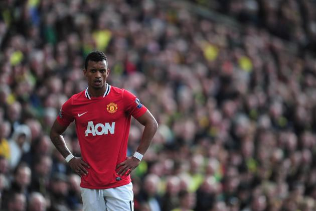 Manchester United: Why Antonio Valencia Is the Bane of Nani's Professional Life
