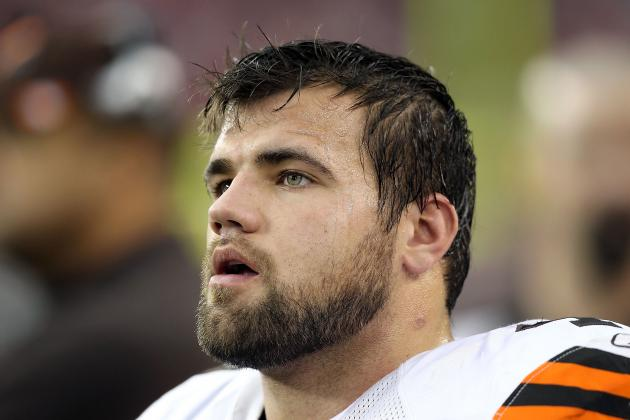 2012 NFL Free Agents: Browns' Peyton Hillis Has Red Flags, Wanted to Join CIA