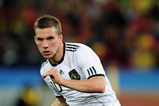 Transfer Gossip Round-Up: Podolski, Xavi, Cavani, Samuel, Martinez