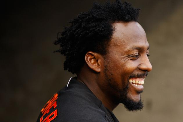 Is Vladimir Guerrero Headed to Miami Marlins to Contribute as a Pinch Hitter?