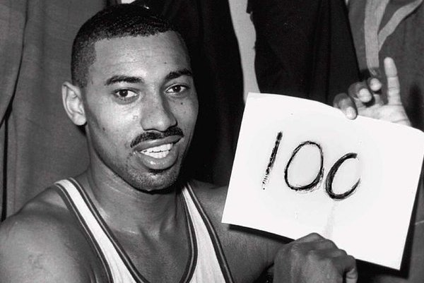 Why Kobe's 81 Points Can't Even Compare to Wilt Chamberlain's 100-Point Game