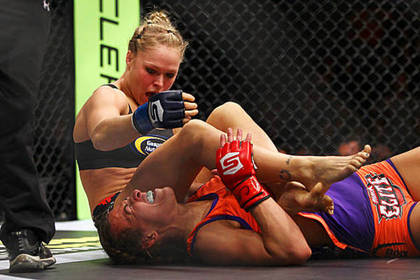 MMA: The World Responds to Ronda Rousey's Armbar Victory over Miesha Tate