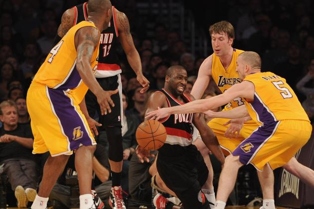 Lakers Trade Rumors: Raymond Felton Would Fix LA's Point Guard Issues