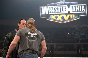 WWE Wrestlemania 28: The Undertaker vs. Triple H: A Retrospective