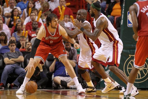 NBA Trade Rumors: Why the Milwaukee Bucks Must Trade Andrew Bogut