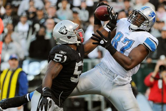 Oakland Raiders: Aaron Curry Latest Raider to Restructure Contract