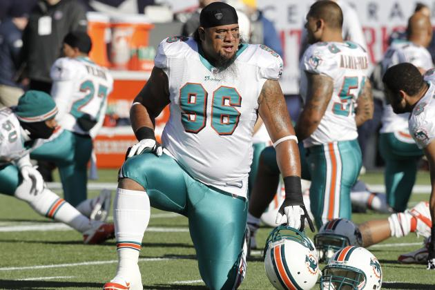 NFL Free Agency: What Does Sione Pouha's Deal Do for Dolphins' Paul Soliai?