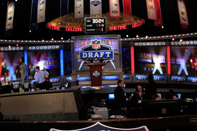 San Francisco 49ers: Draft Implications If Randy Moss Signs
