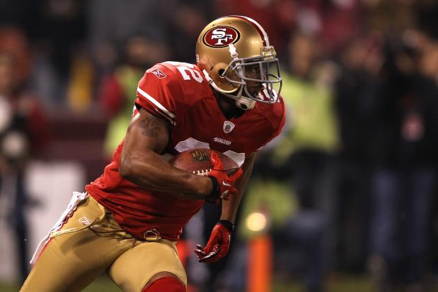 2012 NFL Free Agent Predictions: Carlos Rogers will Remain with 49ers