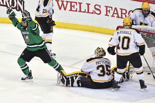 WCHA Frozen Five: Minnesota Schools No-Show in Tournament