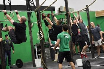 CrossFit Games Open WOD 4: Wall Balls, Double-Unders and Muscle-Ups