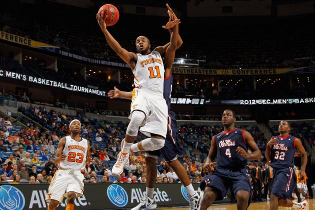 Tennessee Basketball: The Vols' Biggest Weakness Going into Next Season