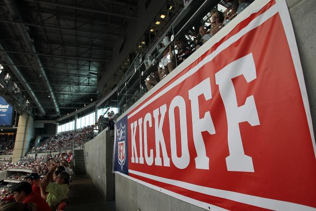 NFL Kickoff 2012: Champion New York Giants Host Dallas Cowboys to Open Season