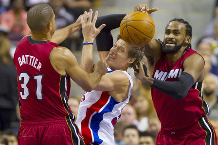 Miami Heat: Why Ronny Turiaf Was a Terrible Acquisition for the Heatles to Make