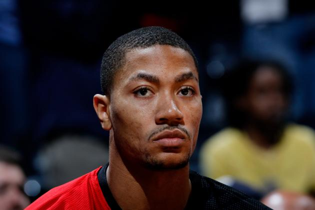 Derrick Rose Injury: Sit Him for the Rest of the Season