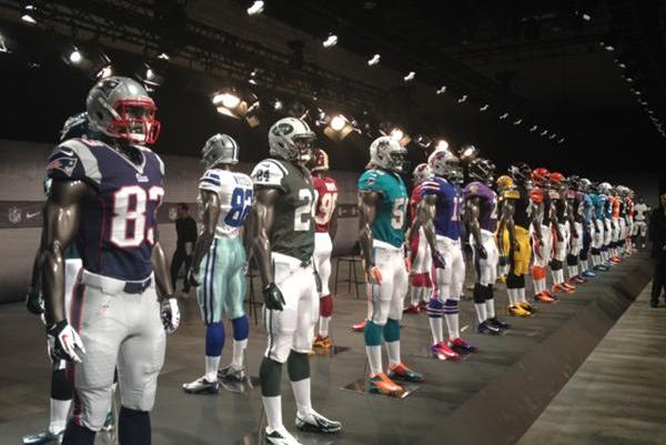 Nike NFL Uniforms: New NFC North Jerseys Look Like the Old Ones
