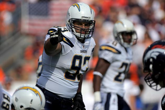 2012 NFL Free Agency: Luis Castillo Reportedly Re-Signs with San Diego Chargers