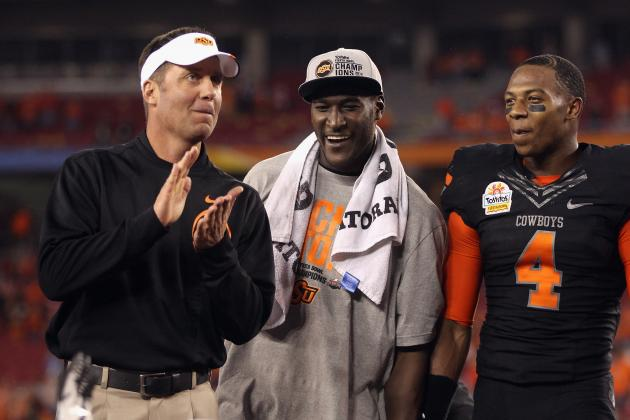 College Football 2012: Oklahoma State's Mike Gundy Knows When to Name a QB