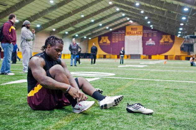 Minnesota Golden Gophers Football Player Found Dead in Dorm Room