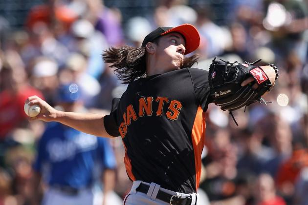 Weekend Watch: Giants vs. D-Backs, Jamie Moyer's Debut, Highlight Action