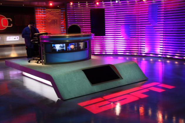 WWE/TNA/Indys: Why Wrestling Would Benefit from Having a Show Like SportsCenter