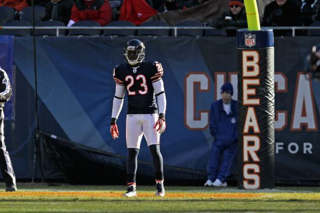 If the Chicago Bears Take Hester off Kick Return Duties, They Are Certifiable