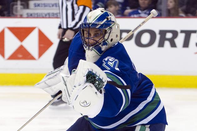 NHL Playoffs 2012: Starting Roberto Luongo over Cory Schneider Is the Right Move