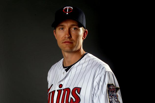 Scott Baker's Elbow Injury Has Twins Feeling Pain of Their Own
