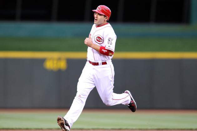 Joey Votto Gets 4 Hits as Cincinnati Reds' Bats Come Alive