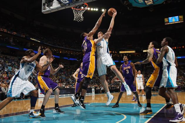 L.A. Lakers: Andrew Bynum Grabs 30 Boards, Continues to Push the Boundaries