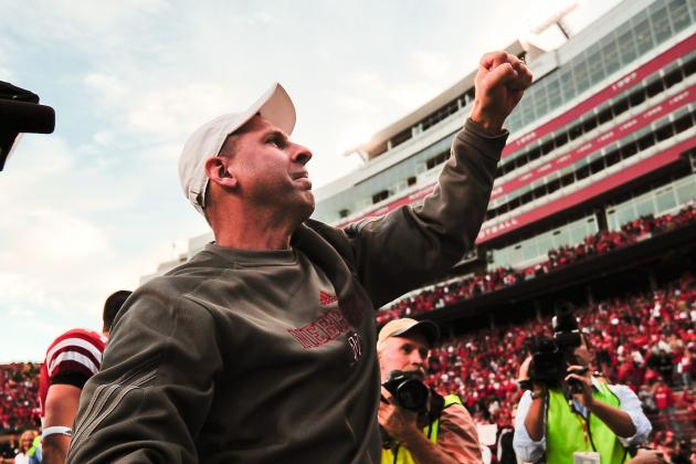 Nebraska Football: Lincoln LB Josh Banderas Commits to the Huskers for 2013