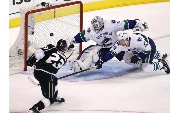 NHL Playoffs 2012: Dustin Brown Cementing L.A. Kings Captaincy Now and Forever