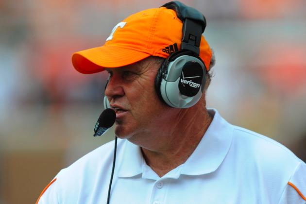 Arkansas Football: Phil Fulmer Under Consideration to Replace Bobby Petrino