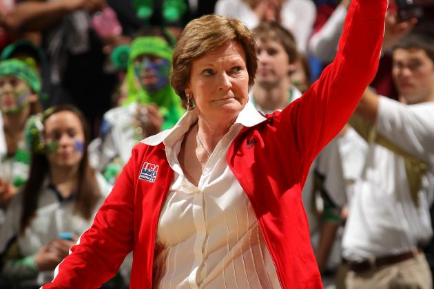 Tennessee Announces Pat Summitt Steps Down, Names Holly Warlick Acting Coach