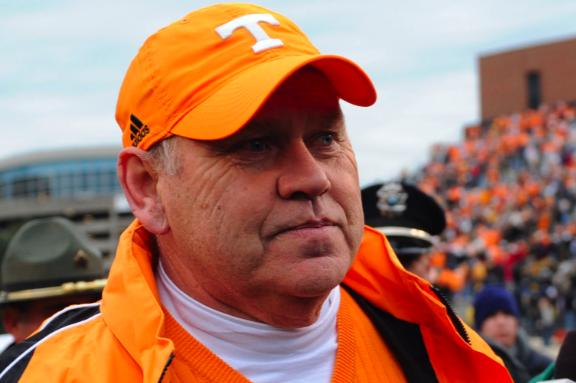Arkansas Football: Phil Fulmer to Arkansas Is the Best Idea I've Heard So Far