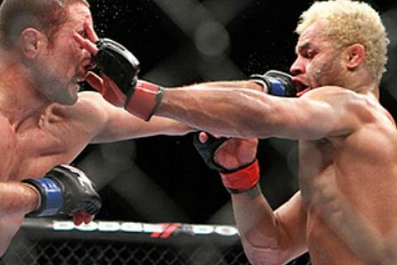 Warning to Johny Hendricks: Watch the Eye Poke Against Josh Koscheck