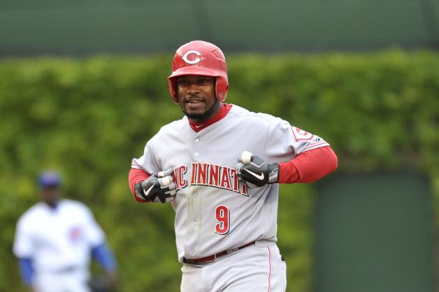 Cincinnati Reds: Willie Harris Needs to Be Released
