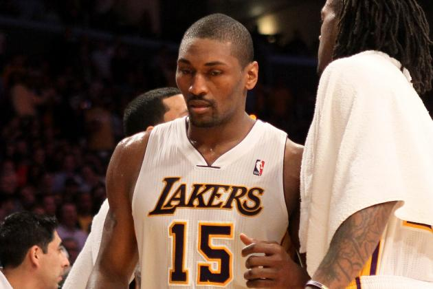LA Lakers: Metta World Peace Should Not Be Suspended Long for Elbow