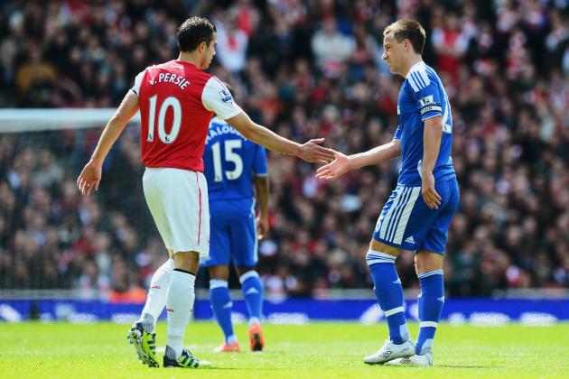 Robin Van Persie to Stay at Arsenal for a Long Time, Benayoun