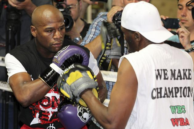 5 Things Floyd Mayweather Must Do to Beat Miguel Cotto