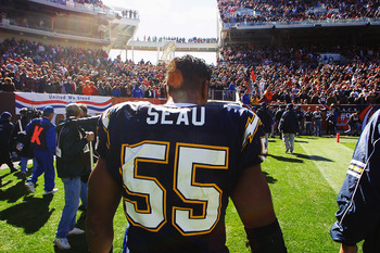 Junior Seau: Another NFL Player Suspected of Taking His Own Life
