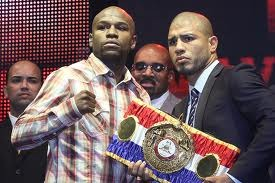 Miguel Cotto: Does He Have a Realistic Chance of Beating Floyd Mayweather?