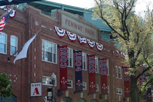 Boston Red Sox: Fenway Park in Need of Facelift for Sox Fans