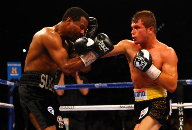 Canelo imposing his will on the shopworn Mosley.
