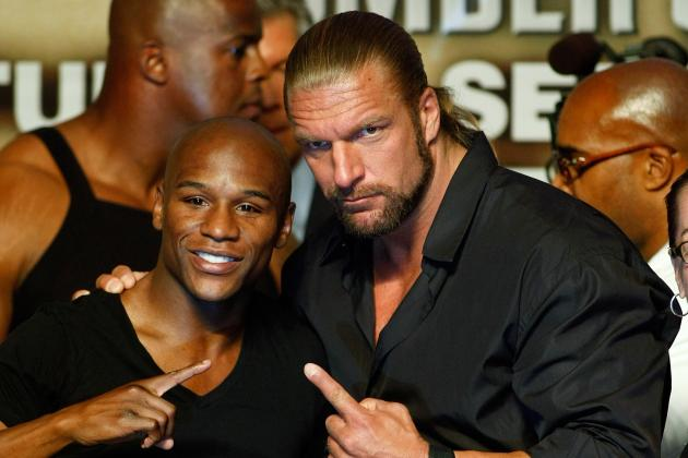 Triple H Attempts to Sell Broken Arm at Mayweather v. Cotto, Waiting for Lesnar?