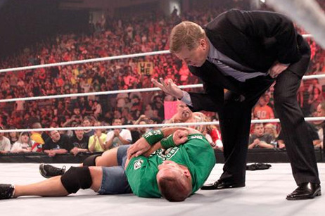 WWE's Worst Person of the Week: John Laurinaitis