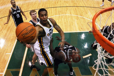 NBA Rumors: Derrick Favors Will Explode Next Season with More Playing Time