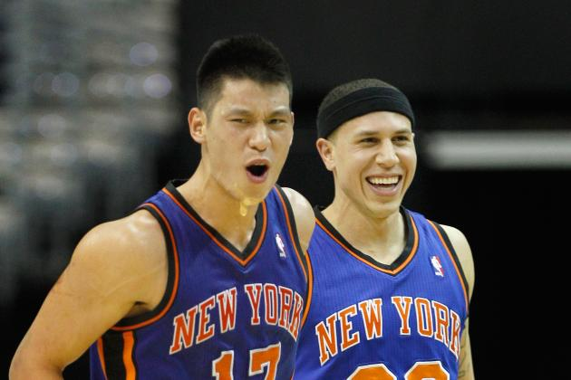 Mike Bibby Answers the Call in Game 5 with Jeremy Lin on Hold