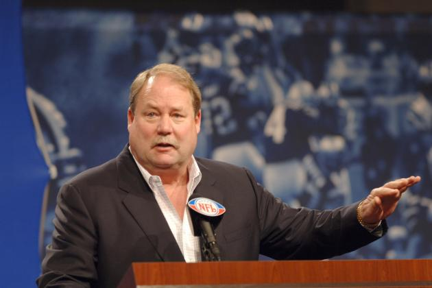 Cleveland Browns: Mike Holmgren Needs to Stop Talking