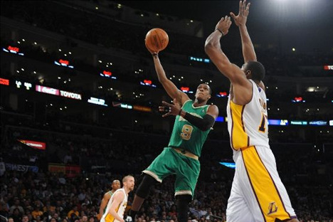 2012 NBA Playoffs: Andrew Bynum, Rajon Rondo Are NBA's Most Unappreciated Stars